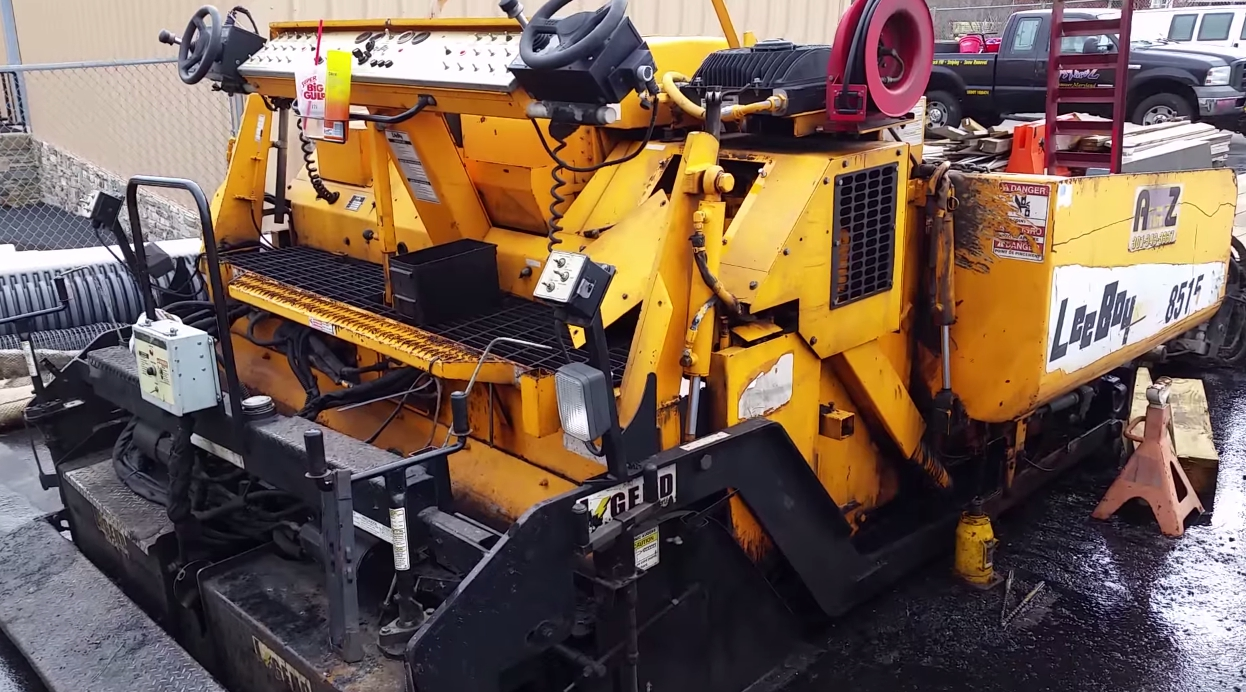 Used Asphalt Pavers for Sale | Asphalt Paving Equipment