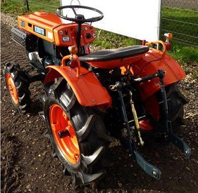 Kubota B7000: Technical Specifications
