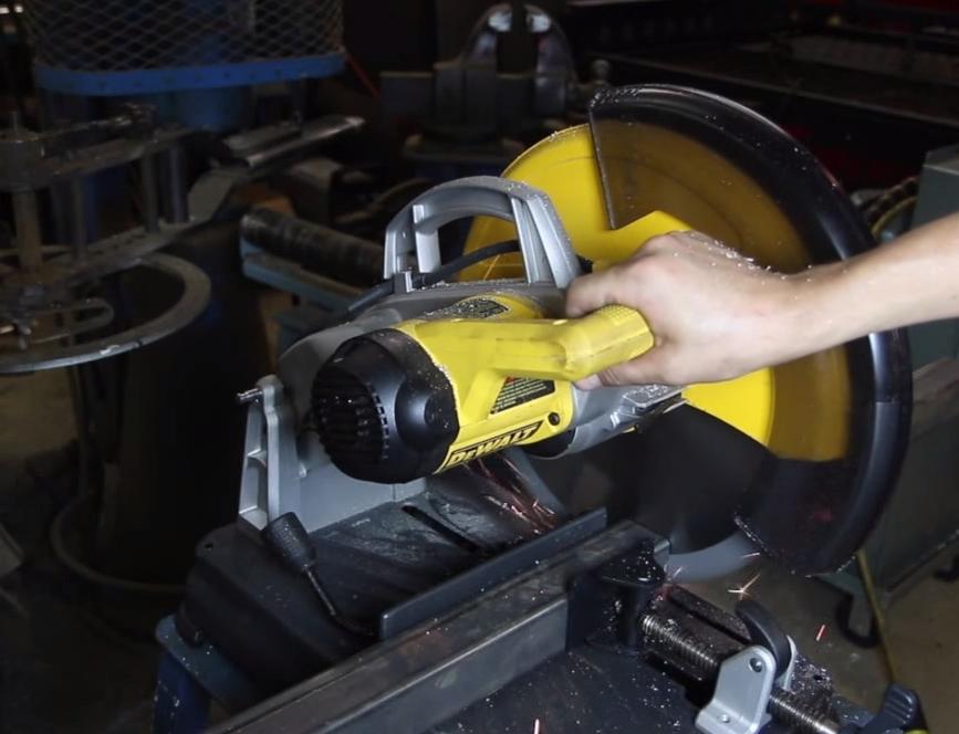 dewalt dw872 circular saw