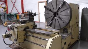 demonstration of a facing lathe