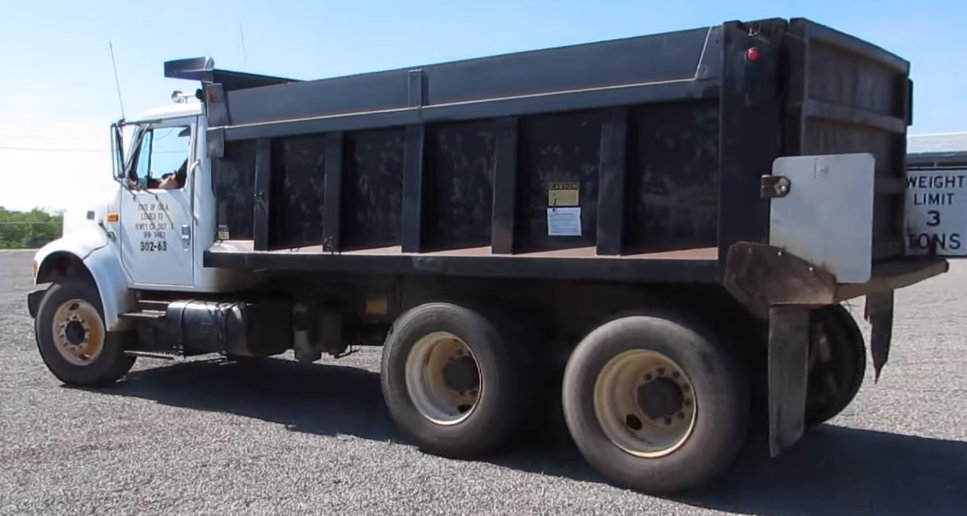 international 4900 dump truck for sale