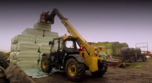 Telehandler at work