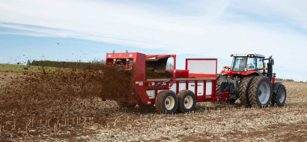 Massey Ferguson manure spreaders