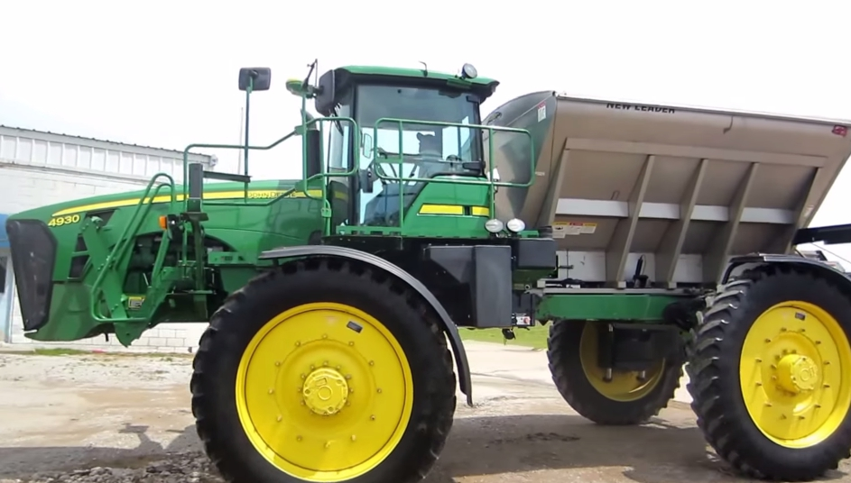 Broadcast Spreaders For Tractors : Used fertilizer spreader for sale best spreaders