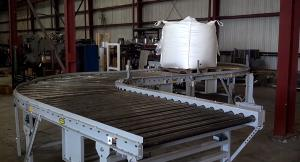 S-turn roller conveyor