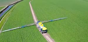 self propelled sprayer for plantprotection