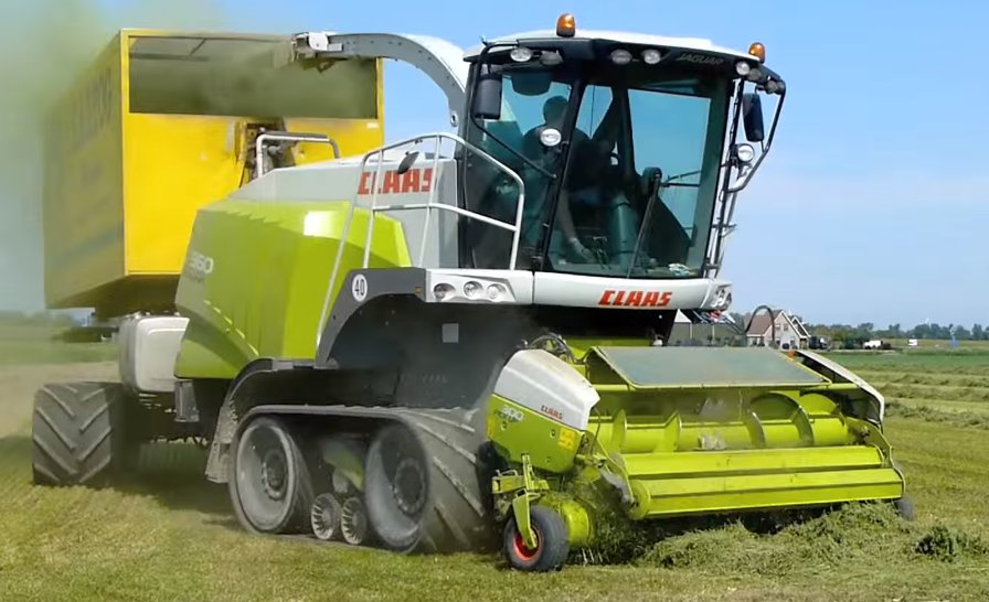 used CLAAS Jaguar 960 harvester