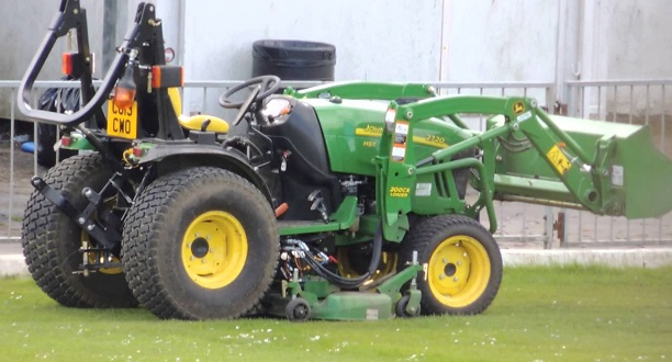 John Deere 2720 4WD Tractor with Front Loader