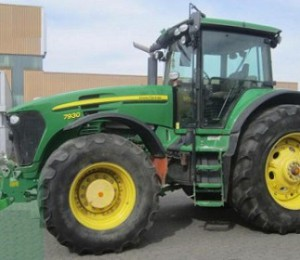 John Deere 7930 Tractor for Sale