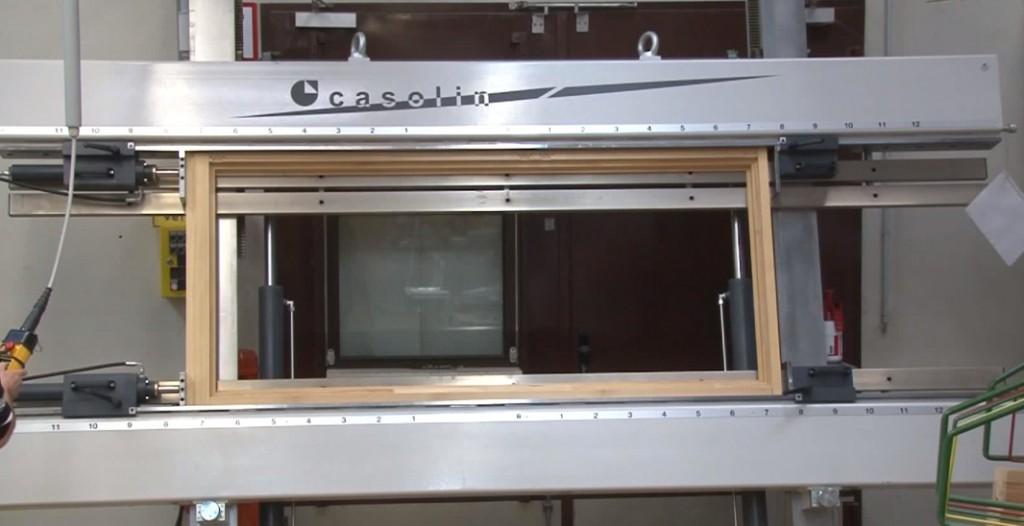 Maschinen zum fenster und t renbau gebraucht jetzt for Fenster gebraucht
