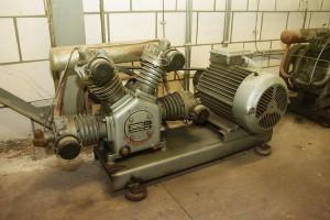 gebrauchter GRASSO 4 Zylinder Kolbenkompressor