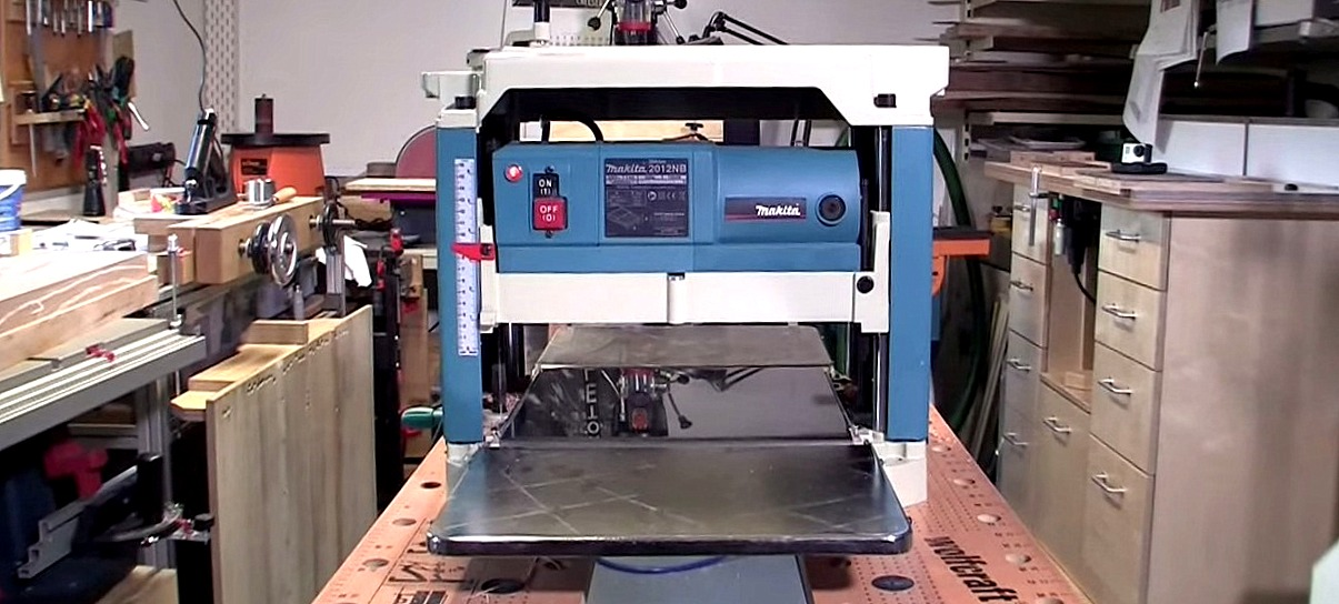 Makita 2012NB Hobelmaschine